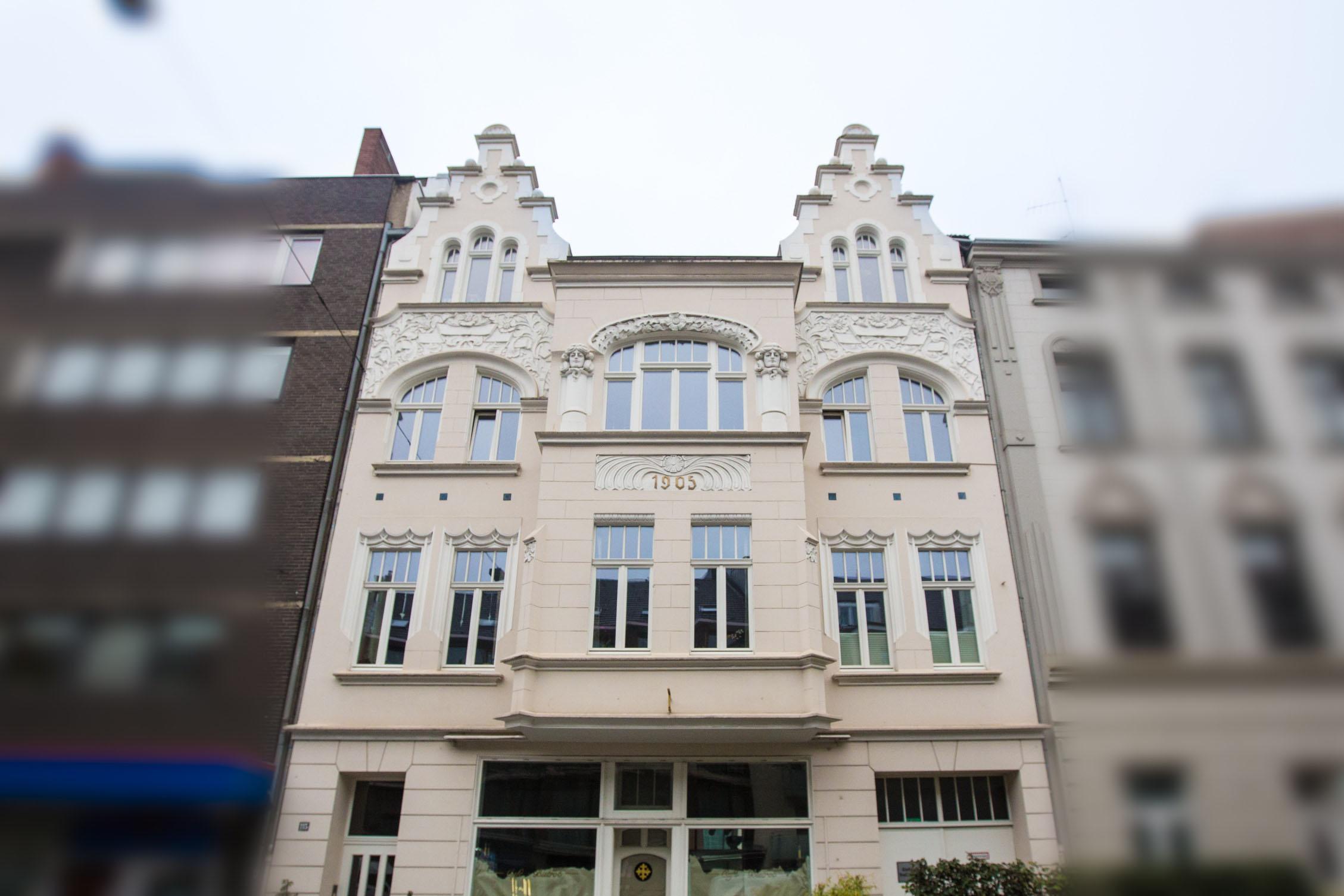 Fassadenarbeiten und Fassadenanstrich